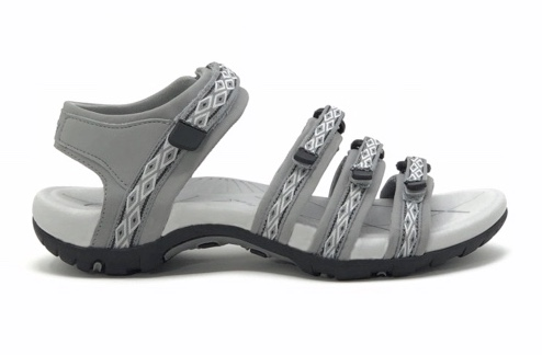 Hiking sandals - #LadyHiker tested & LOVED!