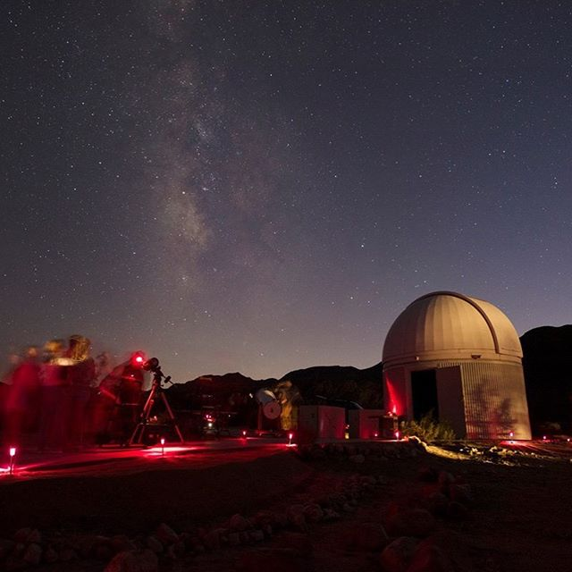 "Join @joshuatreenps this weekend Sept. 21st for their night sky festival! Daytime activities: photo booth, educational tables and youth crafts, along with solar viewing, nature walks, and tours of the model solar system (the ""orrery"") at Sky's the Limit. PLUS a Star Party with at least 20 telescopes 🌟www.nps.gov/jotr ⠀ - ⠀ #outdoors #camping #hiking #telescopes #backpacking #hikes #summernights #summer #stars #astronomy #nightsky #joshuatree #nationalpark #photobooth #solarsystem"