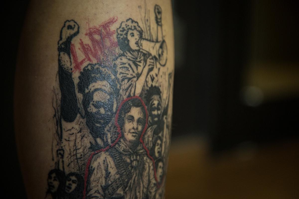 Cópia de Cópia de LuisaDale-Tattoo-Feminismo-9.jpg