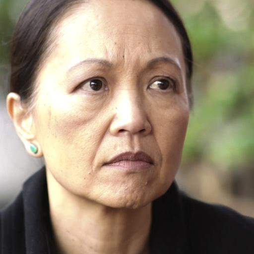 Grace Shen as Karen's Mom