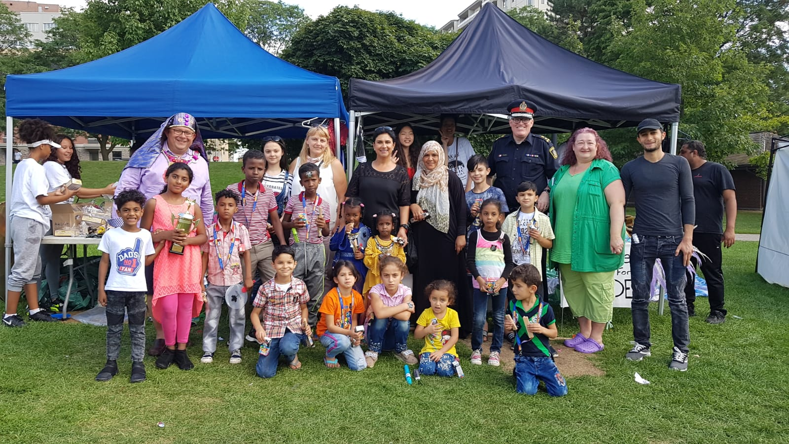 Focus On Fun! - Focus for Ethnic Women under their program Focus on New Beginnings, took residents of Reception House to enjoy the Link Picnic at Victoria park. This was a new experience for the newcomers and their first exposure to a picnic in the park in Canada!