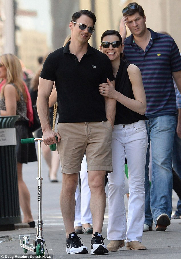 19. Julianna Margulies - Age: 52Husband:Keith Lieberthal, 41Age Difference: 11 yearsYears Together: Over 14 yearsKids: 1