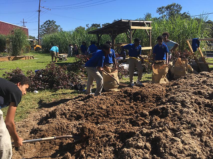 volunteers - 152 copy.jpg