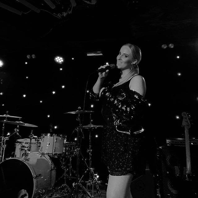 Had so much fun singing at Fringe Club last night 🎙 Thank you for having me @adlfringe ✨ 👗 @harveythelabel 📸 @markstefanoff . . . . #ADLfringe2019 #live #femalevocals #livemusic #pop #indie #edm #electronic #adelaidefringe2019 #music #localartist #aussiemusic