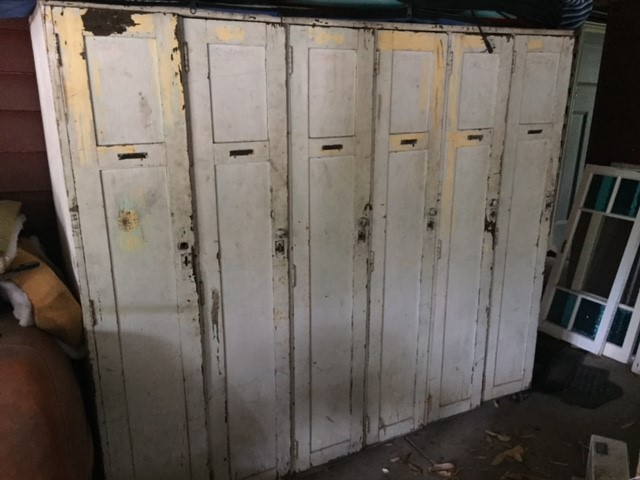 Locker just begging to be restored