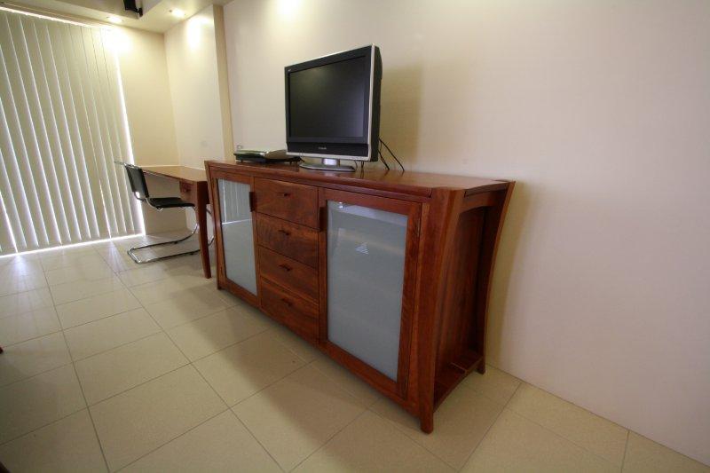 1-nsw-rosewood-sideboard.jpg