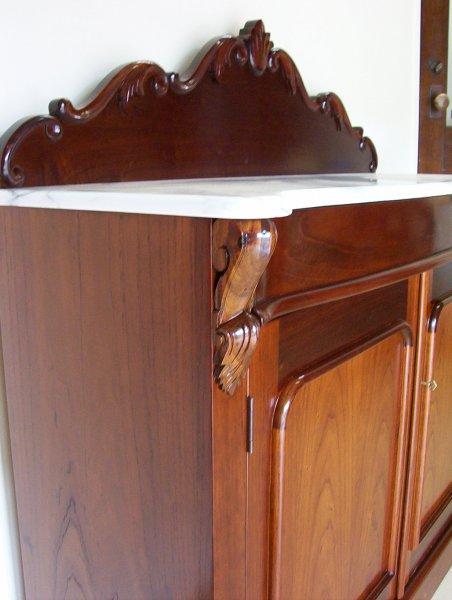 5-red-cedar-chiffonier-detail.jpg