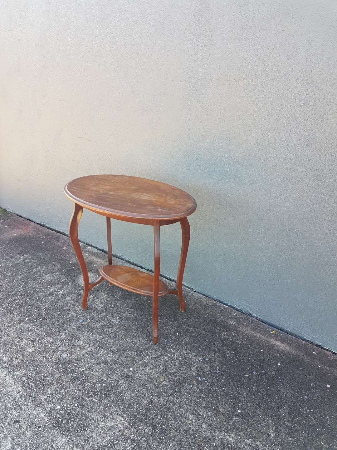 Oak Occasional table in need of some rejuevenation
