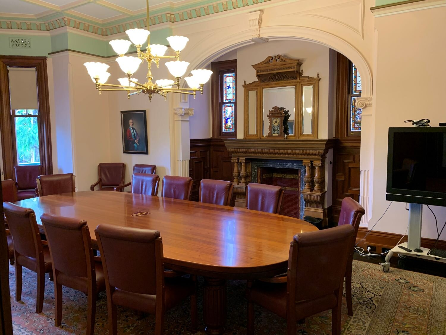 The delivered and restored boardroom table