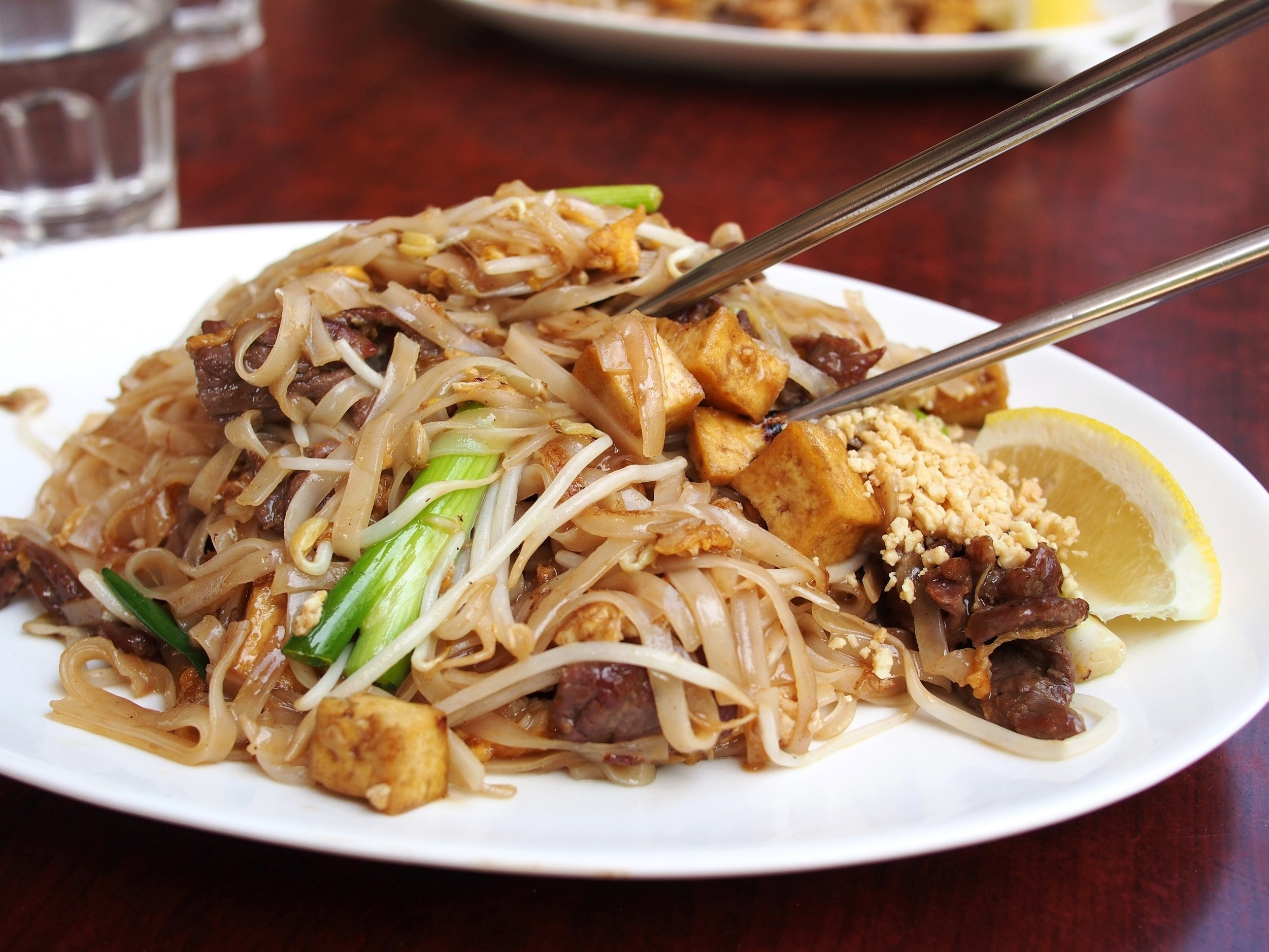 chopsticks-cuisine-dinner-46247.jpg