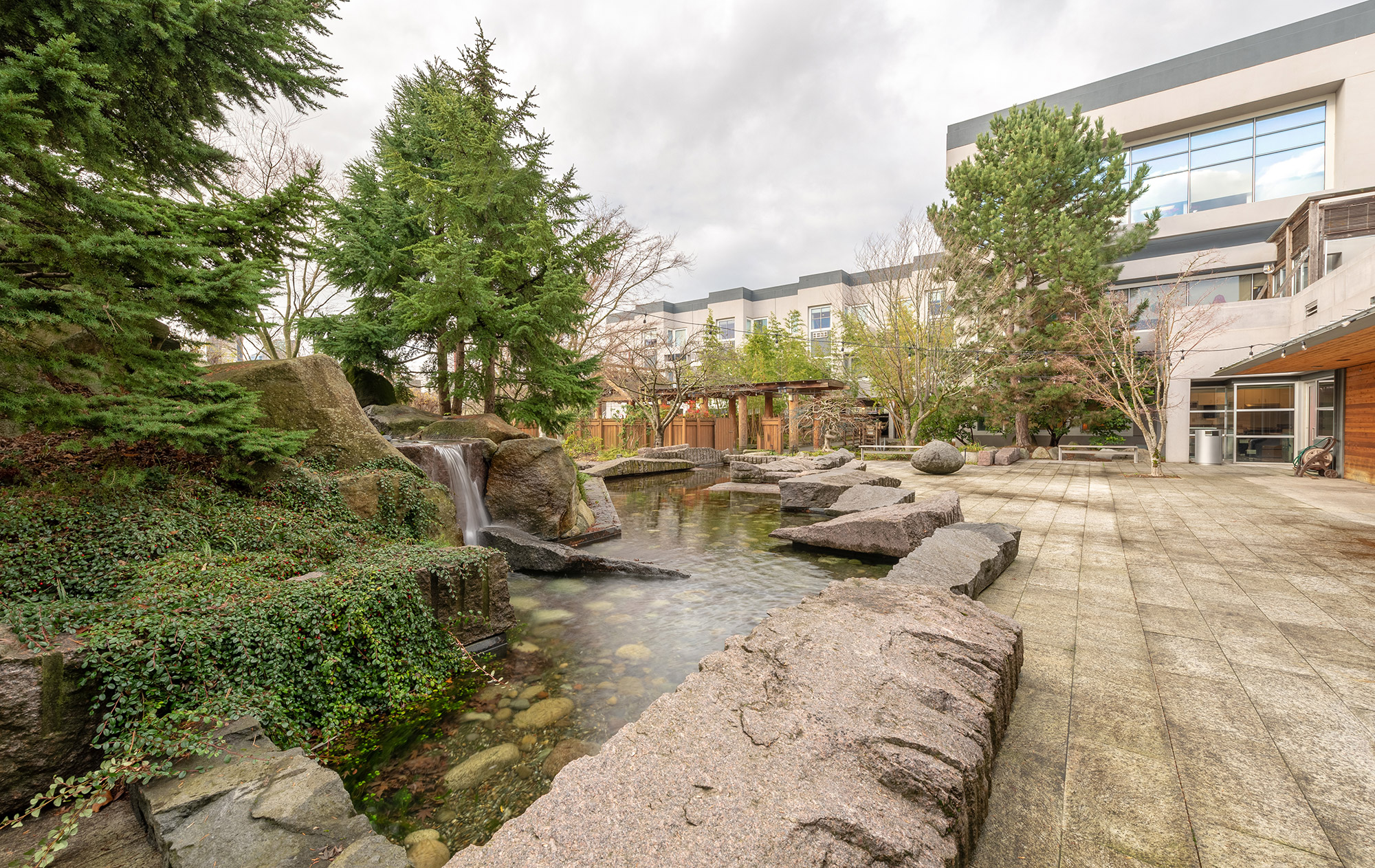 Keiro Gardens by Murase Associates