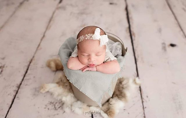 In love with this little beauty... Tieback: @springpeaprops  Outfit: @lbuprops  #newbornphoto #photography #newbornphotography #newbornbaby #portland #newbornphotographer #baby #newbornprops #pdx #babygirl #portlandfamilyphotographer #newbornposing #portlandnewbornphotographer #familyphotographypdx #photo #newbornlove #newbornphotographyprops #babygirl #photographylovers #photographer #maternity #babyphotography #newbornpics #oregon #newborns #mom #marines #sweetbaby #familyphotos