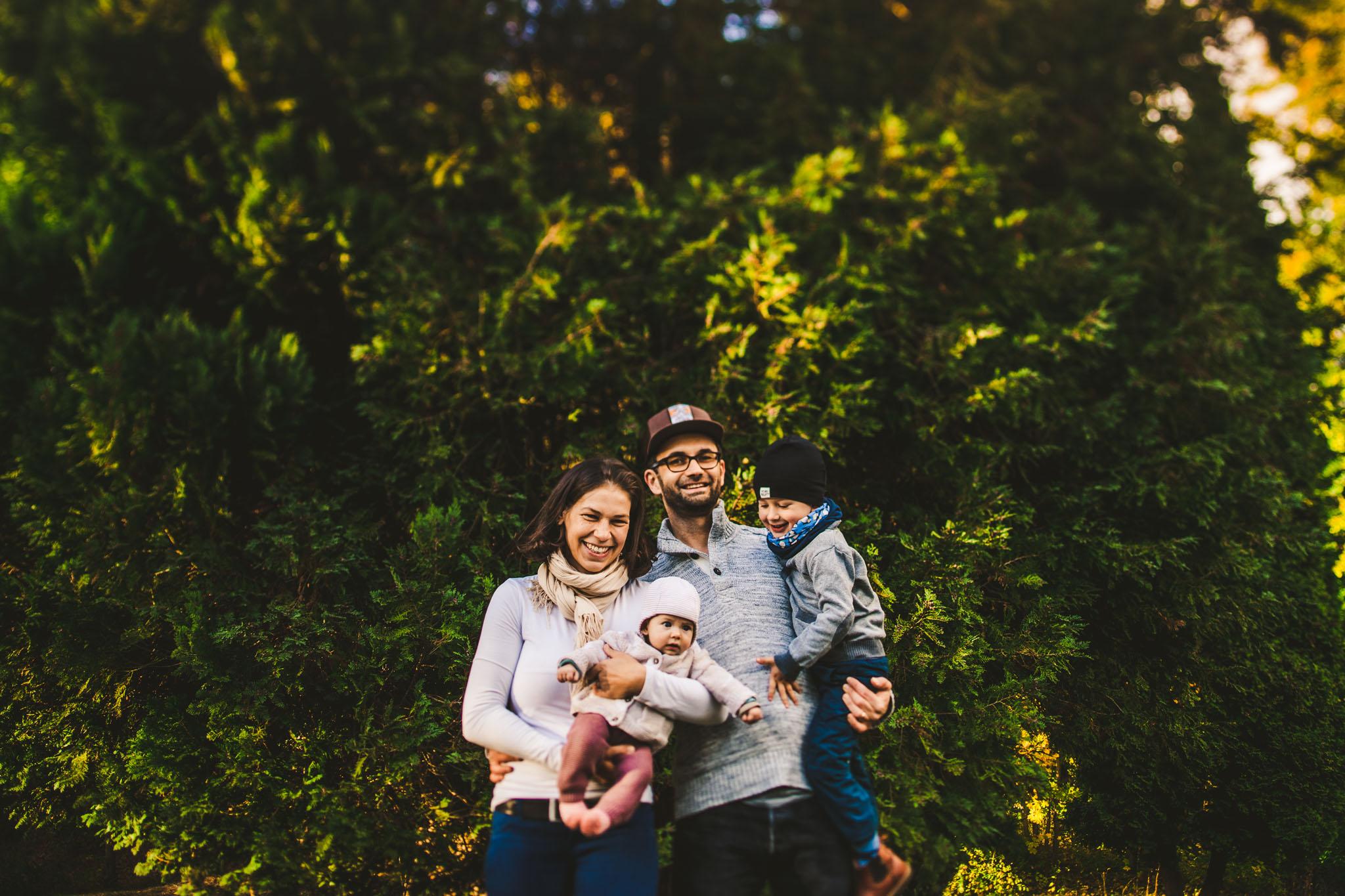 familienfoto-im-gruenen.jpg