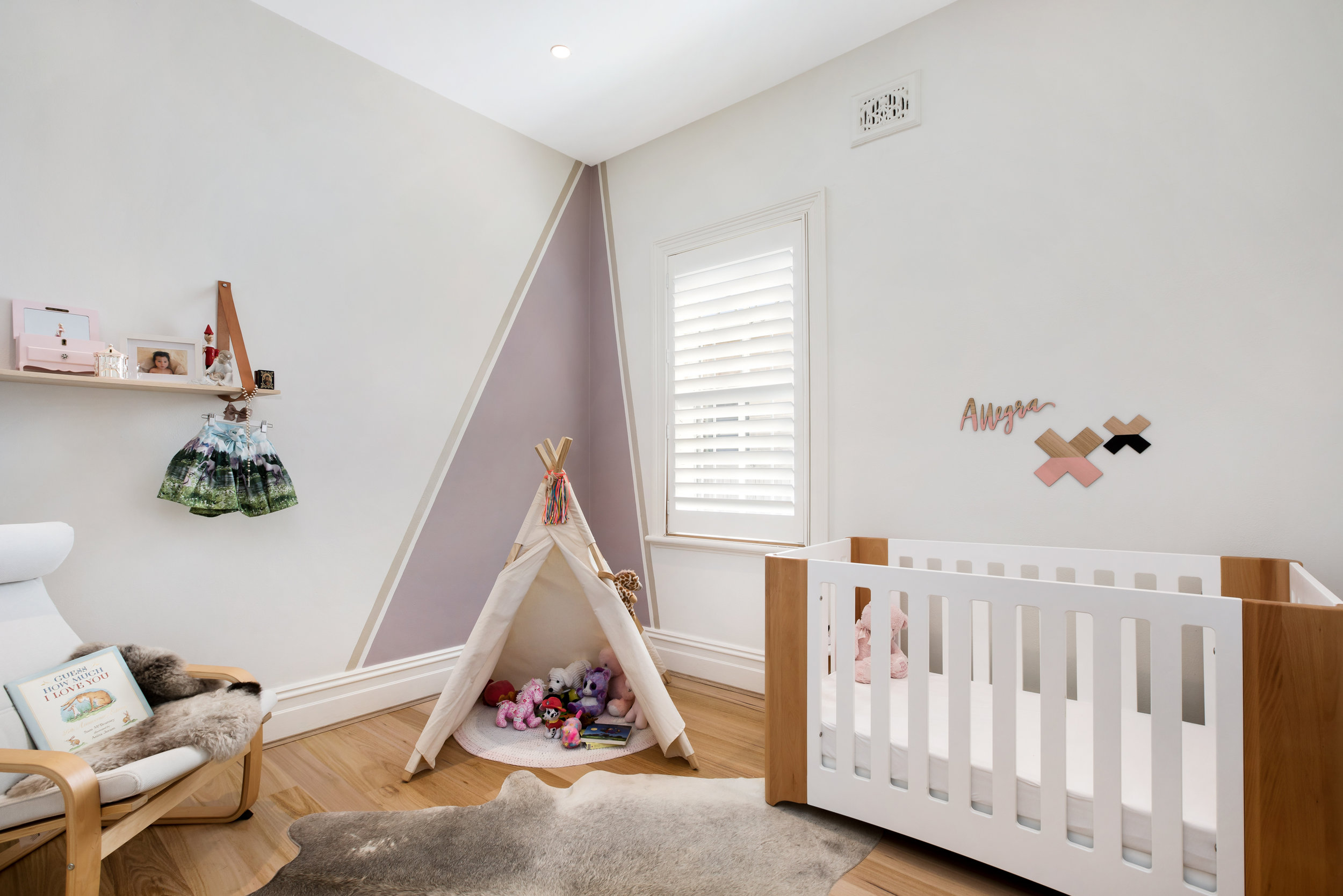 Douglas-St-8-Randwick-Kids room.jpg