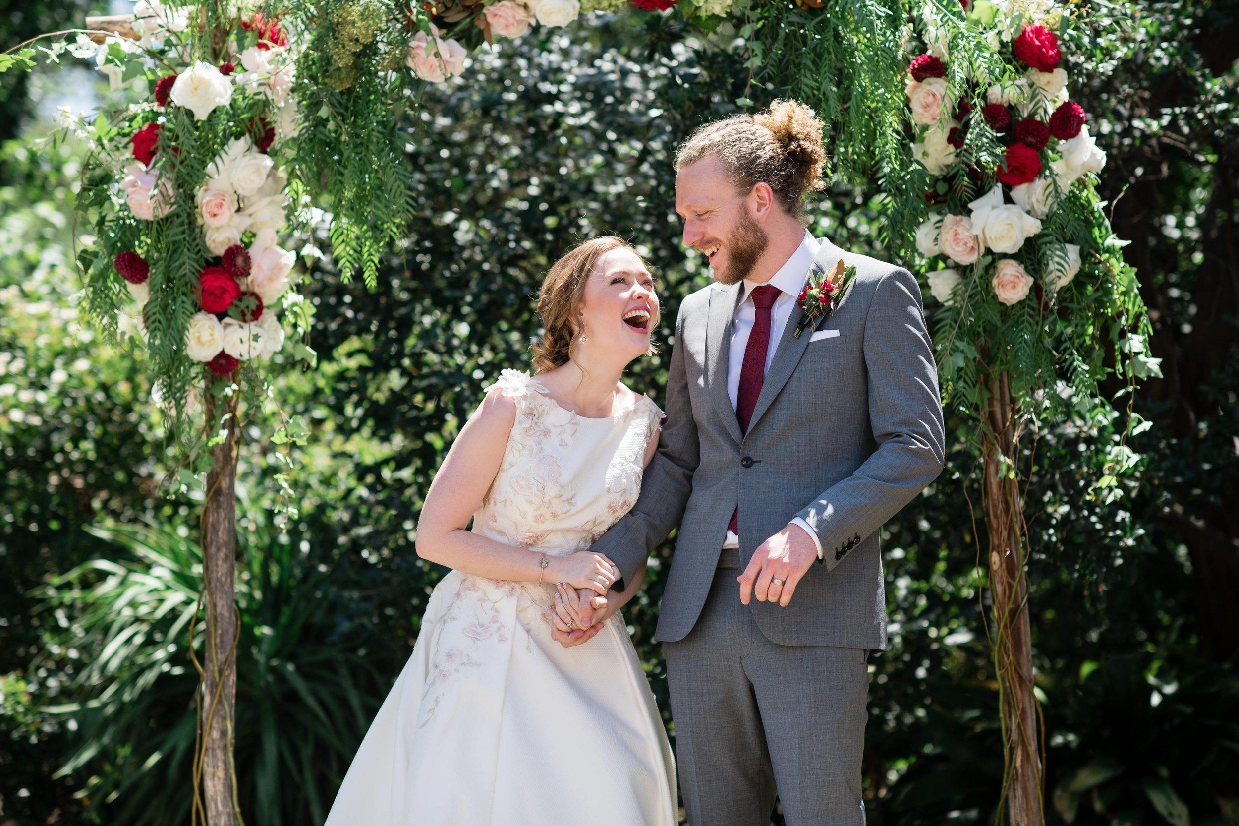 Post wedding kiss <3