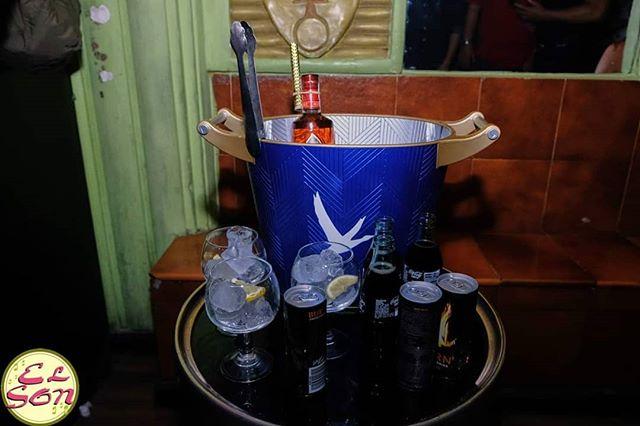 Esta noche tira la casa por la ventana y date un homenaje. ¡Aún quedan reservados VIP disponibles por 90€ para 4 personas! Contáctanos por privado 😊  #elson #sábado #reservadosvip #mesasvip #botellas #weekend #elson #madrid