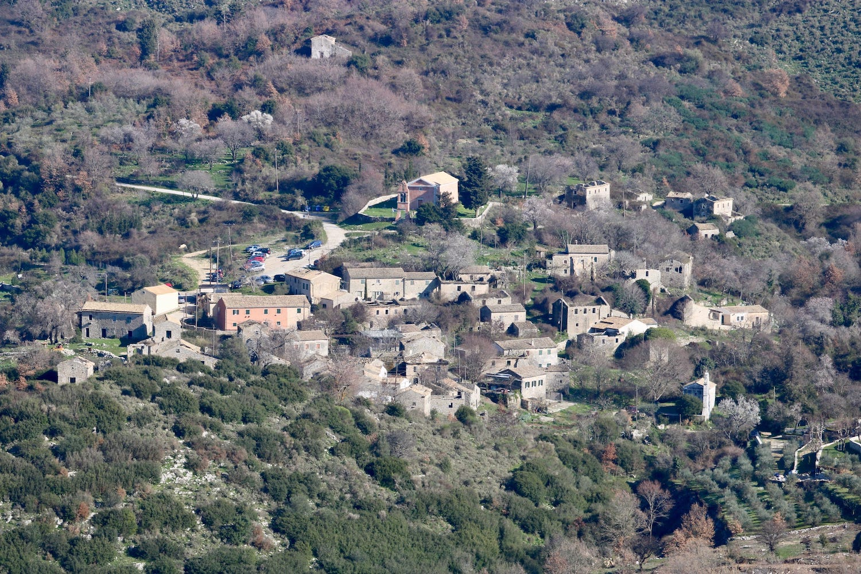 MOUNTAIN VILLAGE WALKS  Abandoned Village • On/Off Road