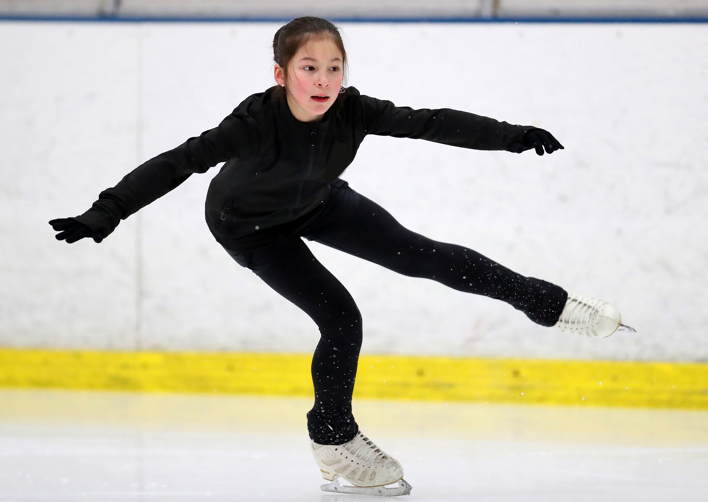 sjm-l-skate-xxxx-2.jpg