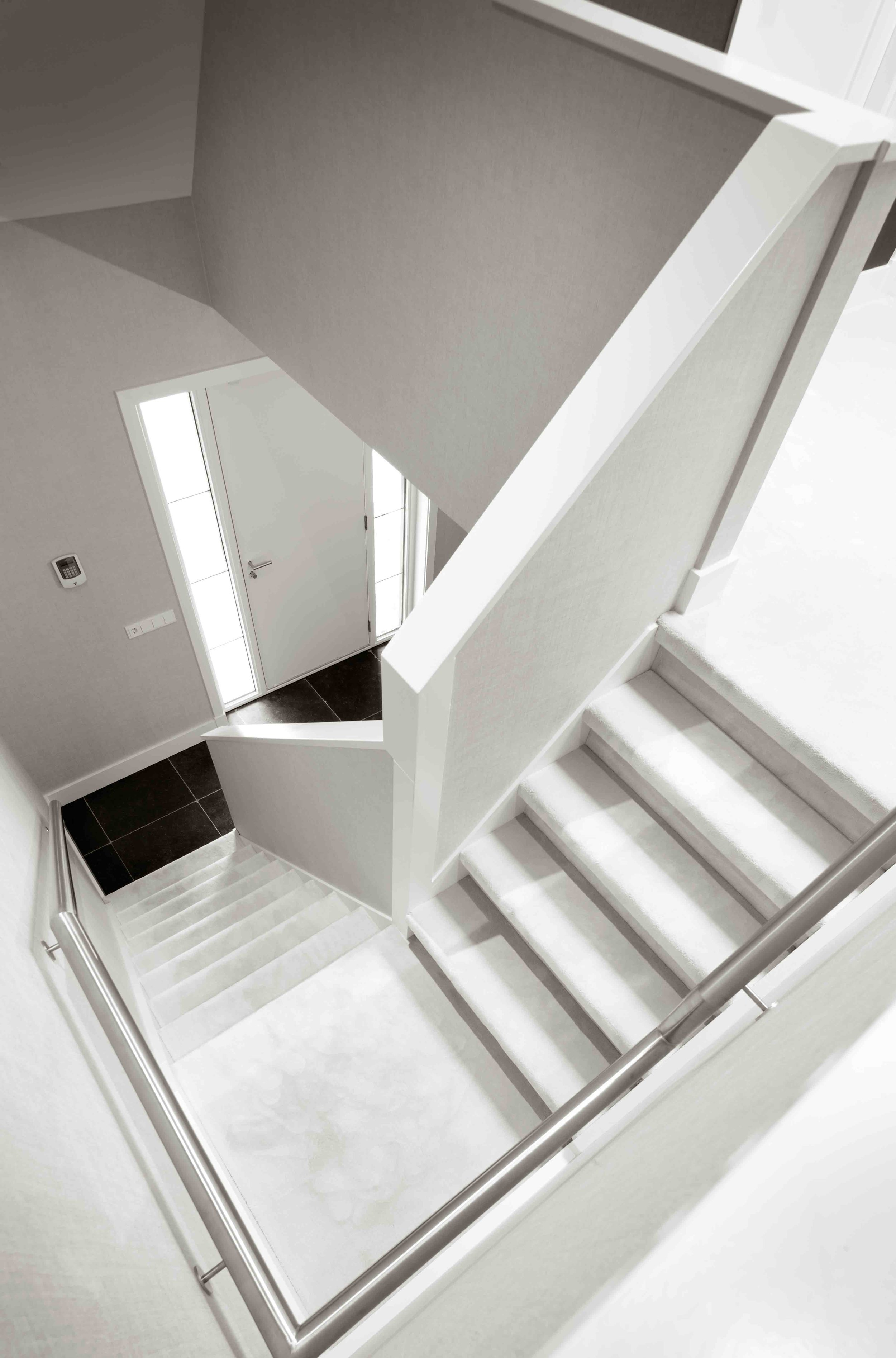 Cannes-stair-case-setting.jpg