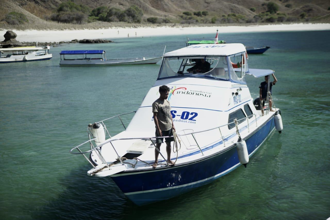 Komodo boat.jpg