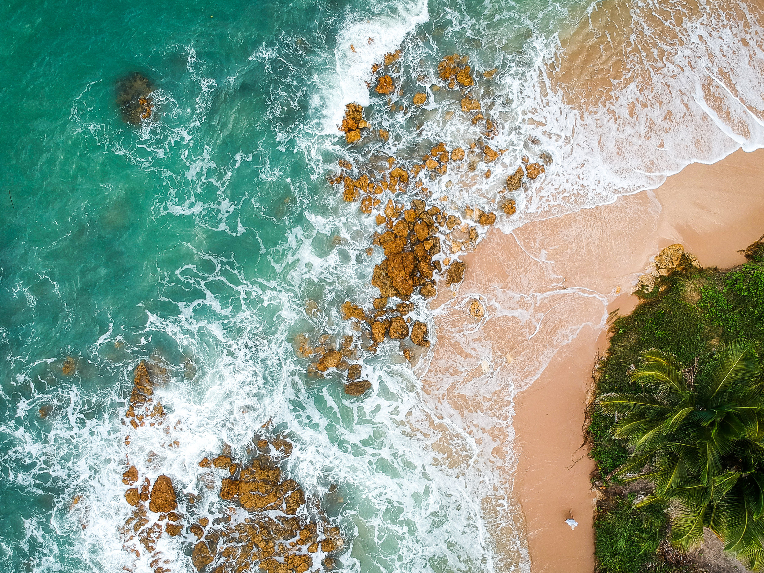 Drone view of a beach in Itacaré, home to ETIV do Brasil - Volunteer in South America