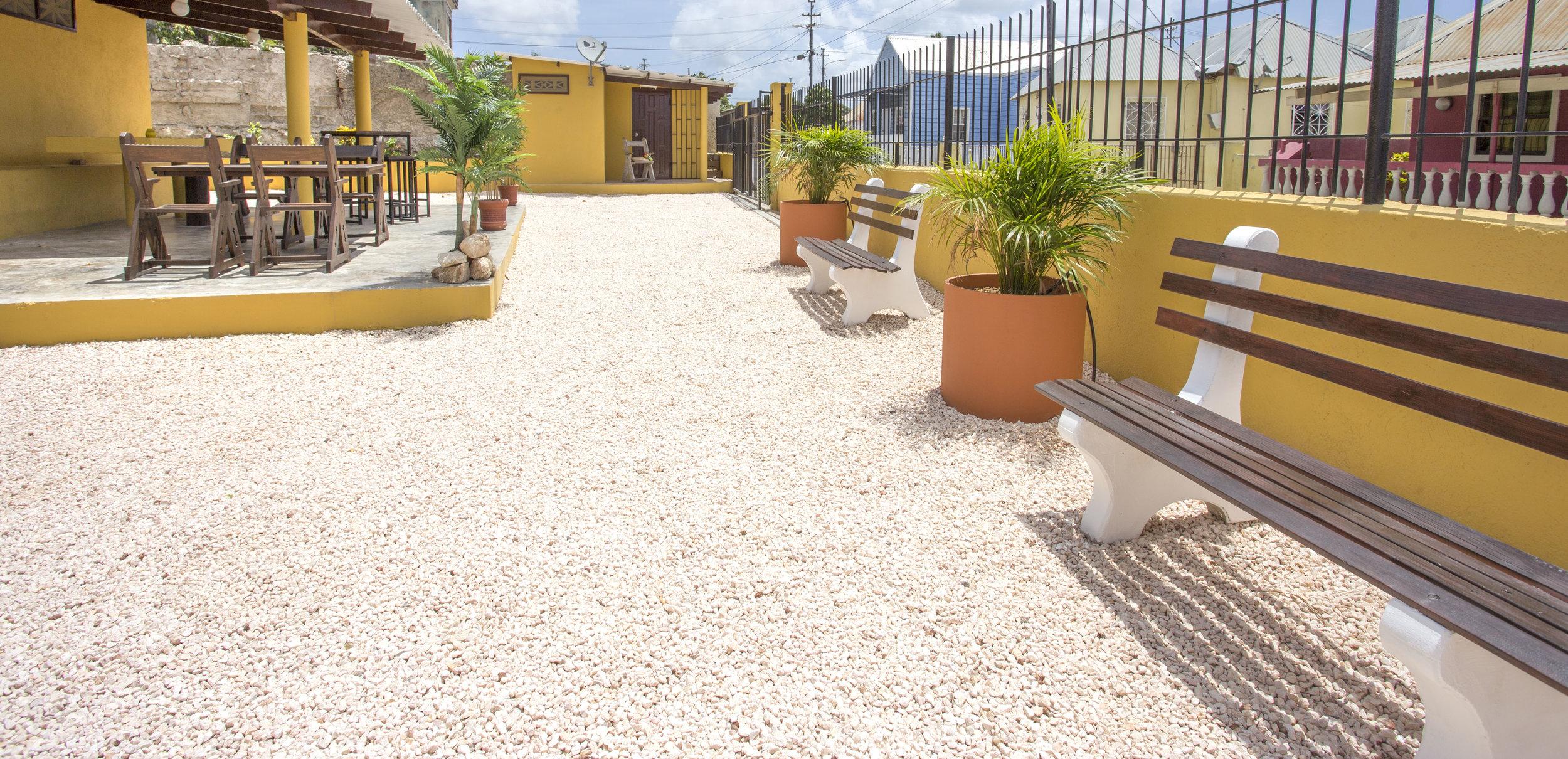 StageDesk-Curaçao-Stagehuis-BergAltena-Pelikaan-huis01.jpg