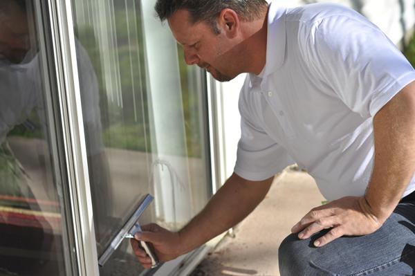 20180320-Window Cleaning 600x399.jpg