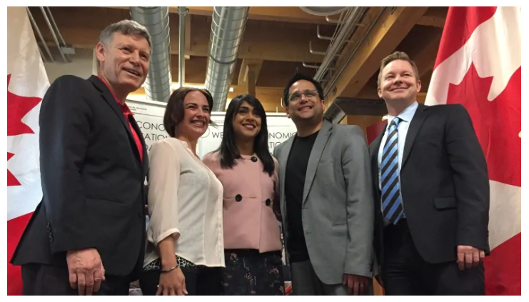 From left,  Winnipeg South Liberal MP Terry Duguid, GORP CEO Colleen Dyck, Minister of Small Business and Tourism Bardish Chagger and Sightline Innovation CEO Wally Trenholm were among those at the investment announcement in Winnipeg. ( SOURCE: Courtney Rutherford / CBC )