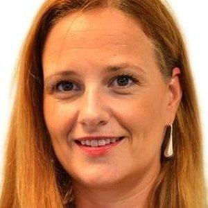 Céline Bonne  Gestion de projet & Graphologue  Gestion du Stress, Gestion des émotions et tenir sur long terme lors de projets difficiles