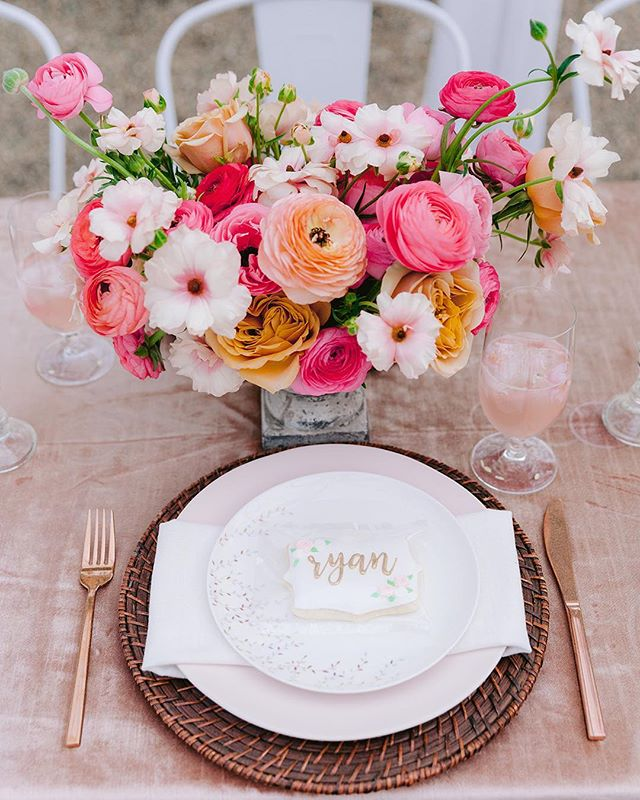 Open houses give us the opportunity to have so much design fun! We just LOVED creating the spring tablescape for @theparlourchapel open house just a few weeks ago with help from 3 key friends. Huge thank you to our girl @minavonfphoto for coming as a *guest* but still sending me an album of beautiful images ❤️ . 1. Stunning florals by my new bestie, @colorfieldsfarm . 2. Rentals from the always fabulous @ce_rental . 3. Adorable cookies by @southernsugarbakery . #springwedding #raleighweddingplanner #raleighwedding #chapelhillwedding