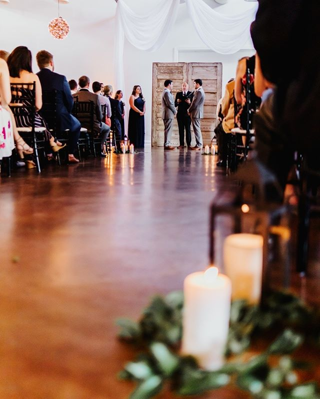 In honor of the Harmony team being at Market Hall today, we're throwing it back to this gorgeous photo at Alex and Cody's wedding! ⠀⠀⠀⠀⠀⠀⠀⠀⠀ .⠀⠀⠀⠀⠀⠀⠀⠀⠀ .⠀⠀⠀⠀⠀⠀⠀⠀⠀ We know Bethany and Heidi are going to kill it today! Be sure to watch our stories for a closer look at the festivities! ⠀⠀⠀⠀⠀⠀⠀⠀⠀ .⠀⠀⠀⠀⠀⠀⠀⠀⠀ .⠀⠀⠀⠀⠀⠀⠀⠀⠀ Photographer: @morgancaddellphoto⠀⠀⠀⠀⠀⠀⠀⠀⠀ Venue: @Markethall1914⠀⠀⠀⠀⠀⠀⠀⠀⠀ Officiant: @personalweddingsnc⠀⠀⠀⠀⠀⠀⠀⠀⠀ Decor: @themeworkscreative . . #ncweddings #raleighweddings #lgbtweddings #ncweddingplanner #ncweddingplanners