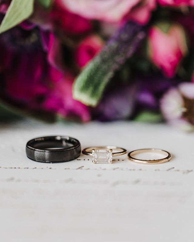 Can you hear the wedding bells ring-ing? 🔔 💍 We've heard so many beautiful wedding bells this summer and we're excited to hear many more!⠀⠀⠀⠀⠀⠀⠀⠀⠀ ⠀⠀⠀⠀⠀⠀⠀⠀⠀ Photo: @jillianknightphotography⠀⠀⠀⠀⠀⠀⠀⠀⠀ Florist: @bloomworks⠀⠀⠀⠀⠀⠀⠀⠀⠀ ⠀⠀⠀⠀⠀⠀⠀⠀⠀ #harmonyweddings #harmonyweddingsevents #ncweddings #raleighweddings #ringring