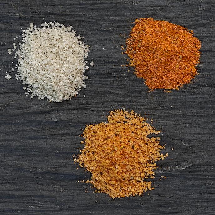 Sel fin au curcuma et au poivre - Imaginez une poêlée carotte, fenouil et ail, relevée avec ce mélange aux arômes poivrés et musqués…