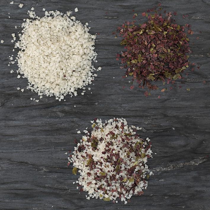 Sel fin aux 3 algues - Il s'utilise en soupoudrage sur la salade, le riz, les céréales, le poisson, etc. Il peut s'ajouter dans vos pâtes à pizza, à pain ...Bref, partout !