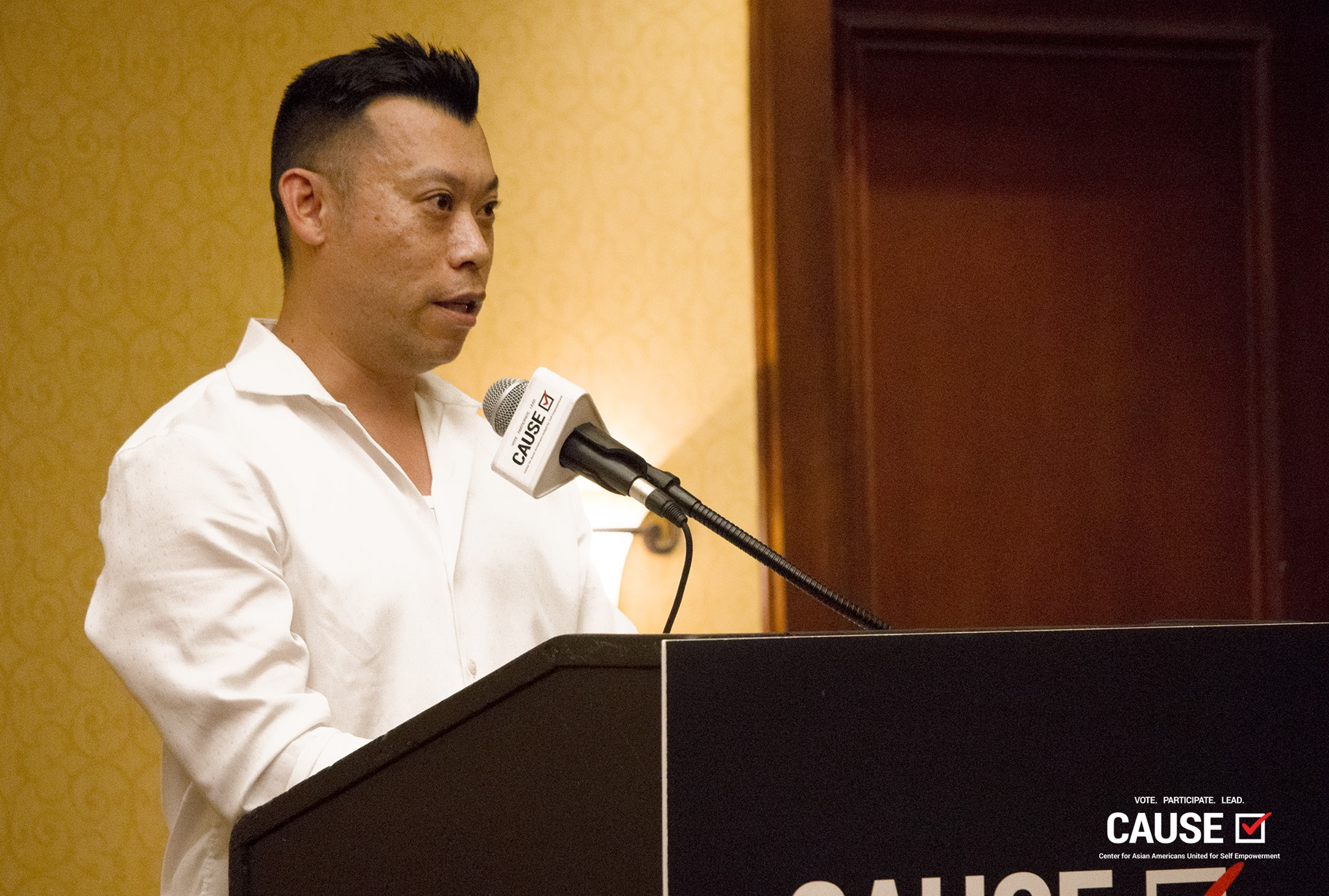 Adam Ma speaks at the 2018 CAUSE Leadership Institute Graduation