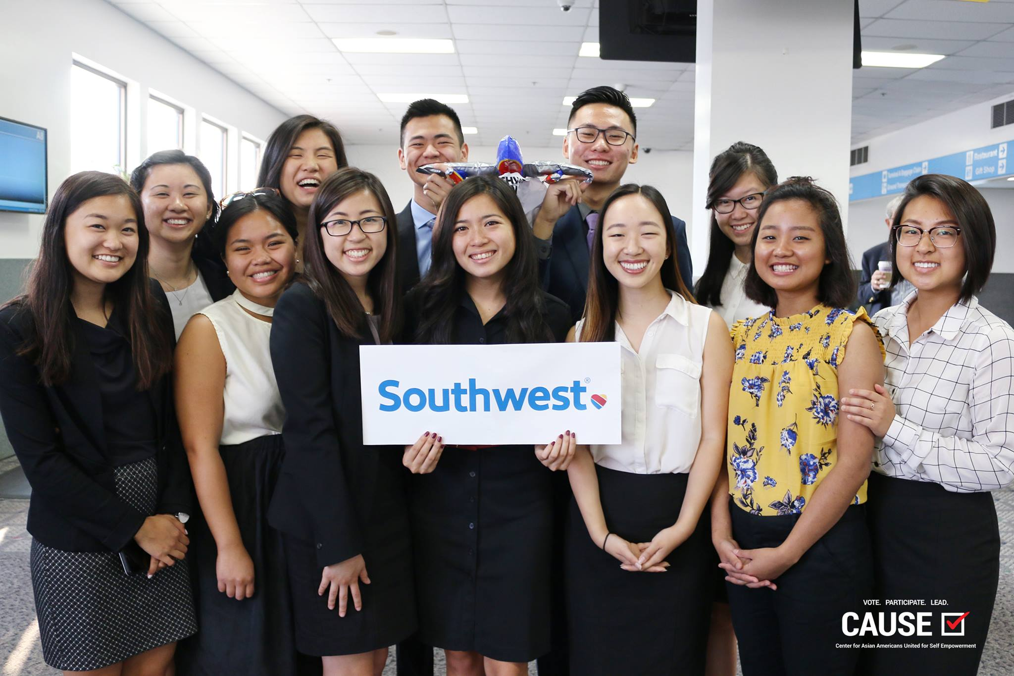2017 CAUSE Leadership Academy holding a Southwest sign