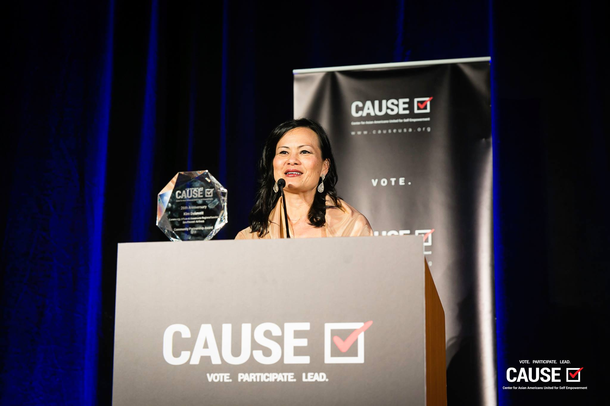 Kim Delevett being honored at the 2019 CAUSE Annual Gala: The Future We Define