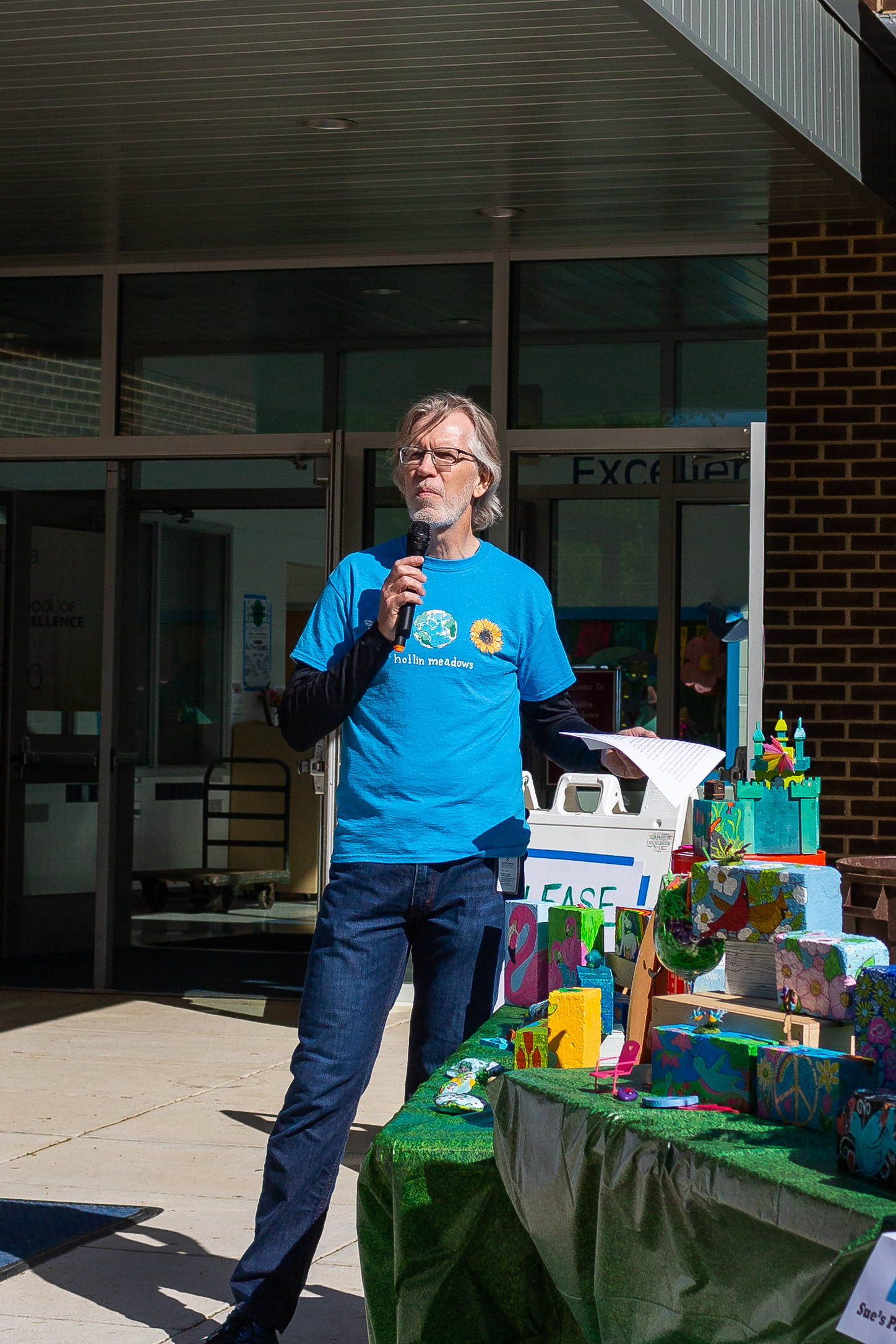 Photograph by Laura Marshall - Principal Jon Gates welcomes everyone to Earth Day 2019