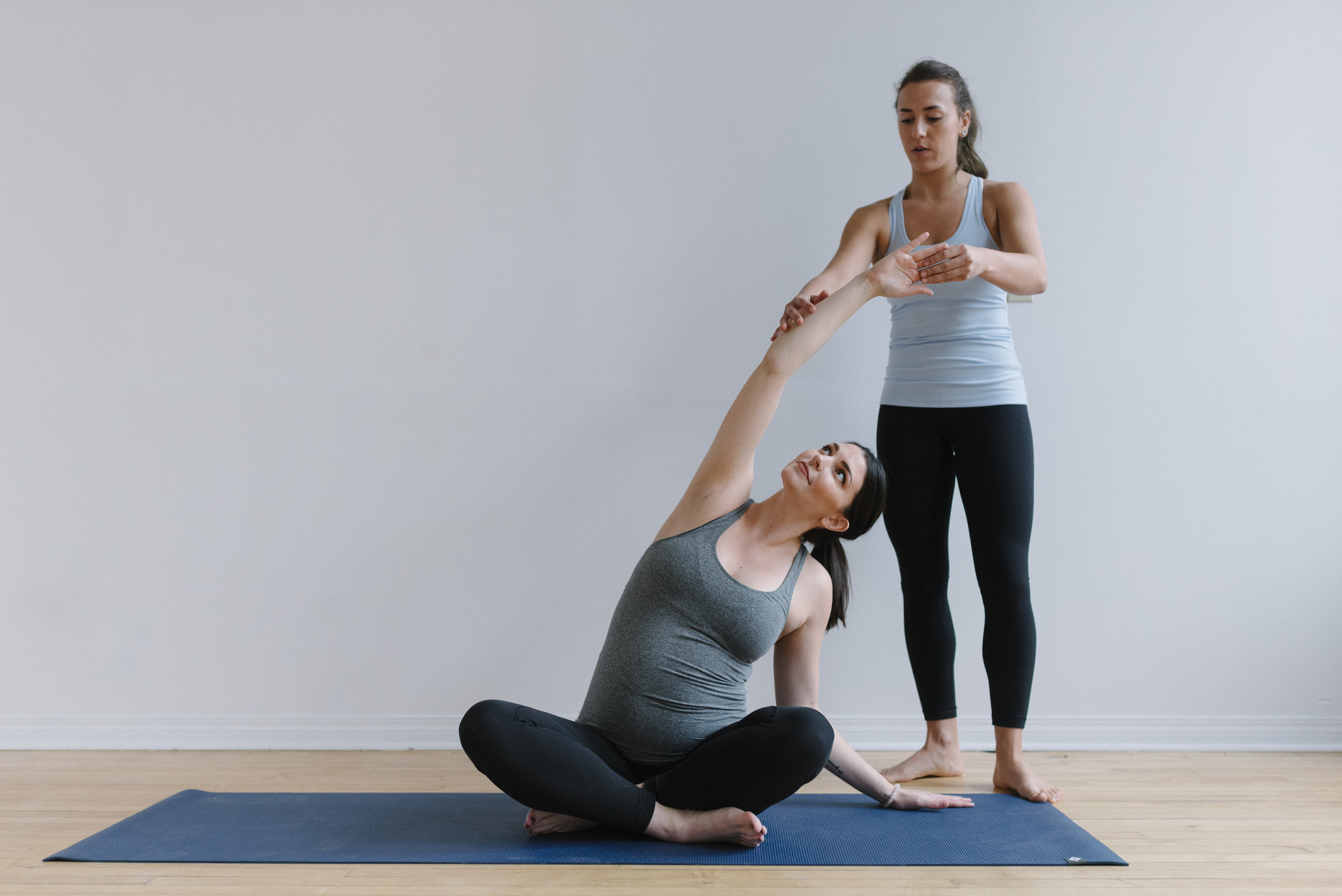 Prenatal+yoga+poses+for+every+trimester+_+Sam+D+Squire (8).jpeg