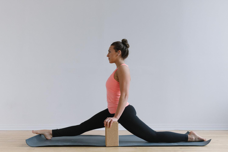 Sam+D+Squire+_+Yoga+_+Meditation+_+Splits+_+Yoga+Pose+_+Yoga+Sequence+_+At-Home+Yoga (8).jpeg