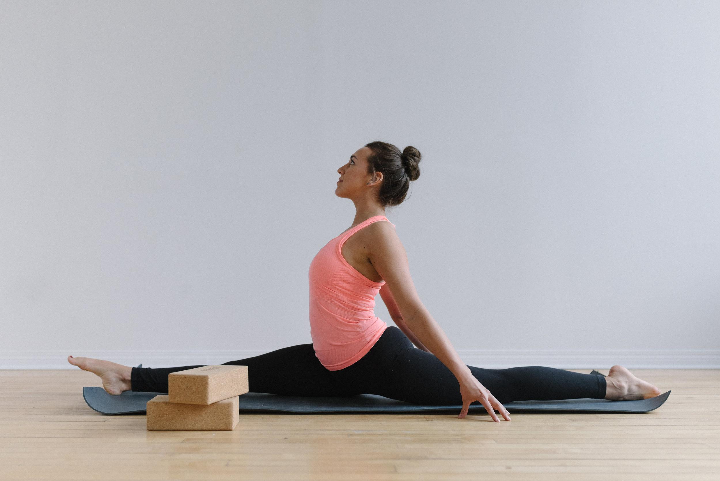 Sam+D+Squire+_+Yoga+_+Meditation+_+Splits+_+Yoga+Pose+_+Yoga+Sequence+_+At-Home+Yoga (10).jpeg