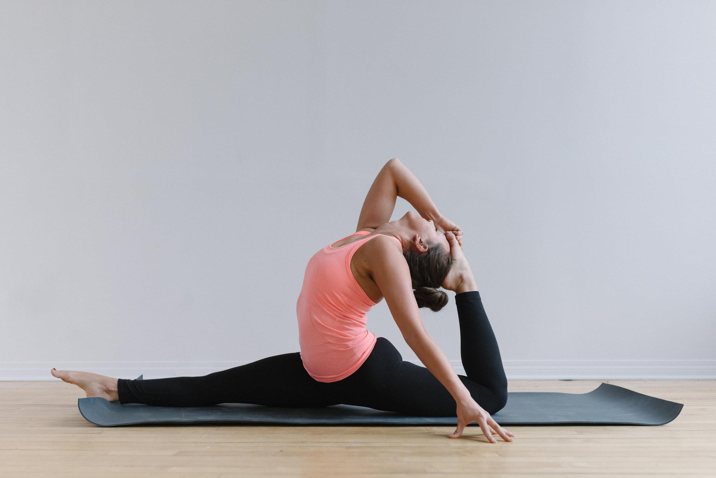 Sam+D+Squire+_+Yoga+_+Meditation+_+Splits+_+Yoga+Pose+_+Yoga+Sequence+_+At-Home+Yoga (11).jpeg