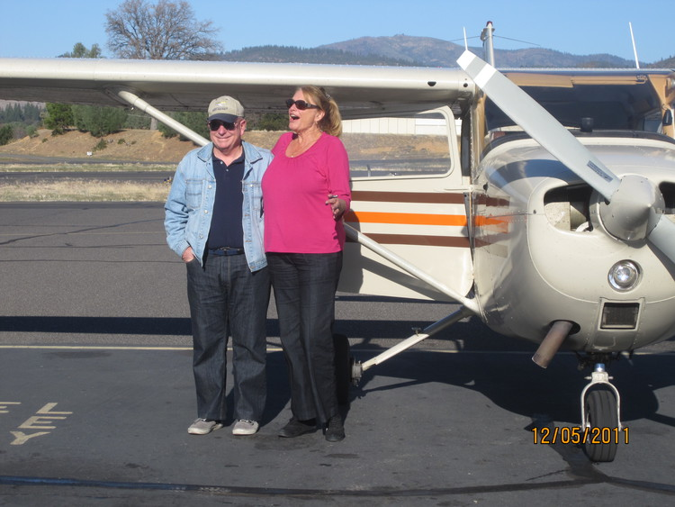Catherine Santa Maria Passes her check ride with proud CFI, Mike Gustafson December 2011