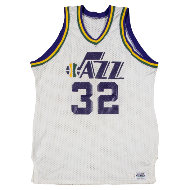 Karl-Malone-1985-86-white-jersey.jpg