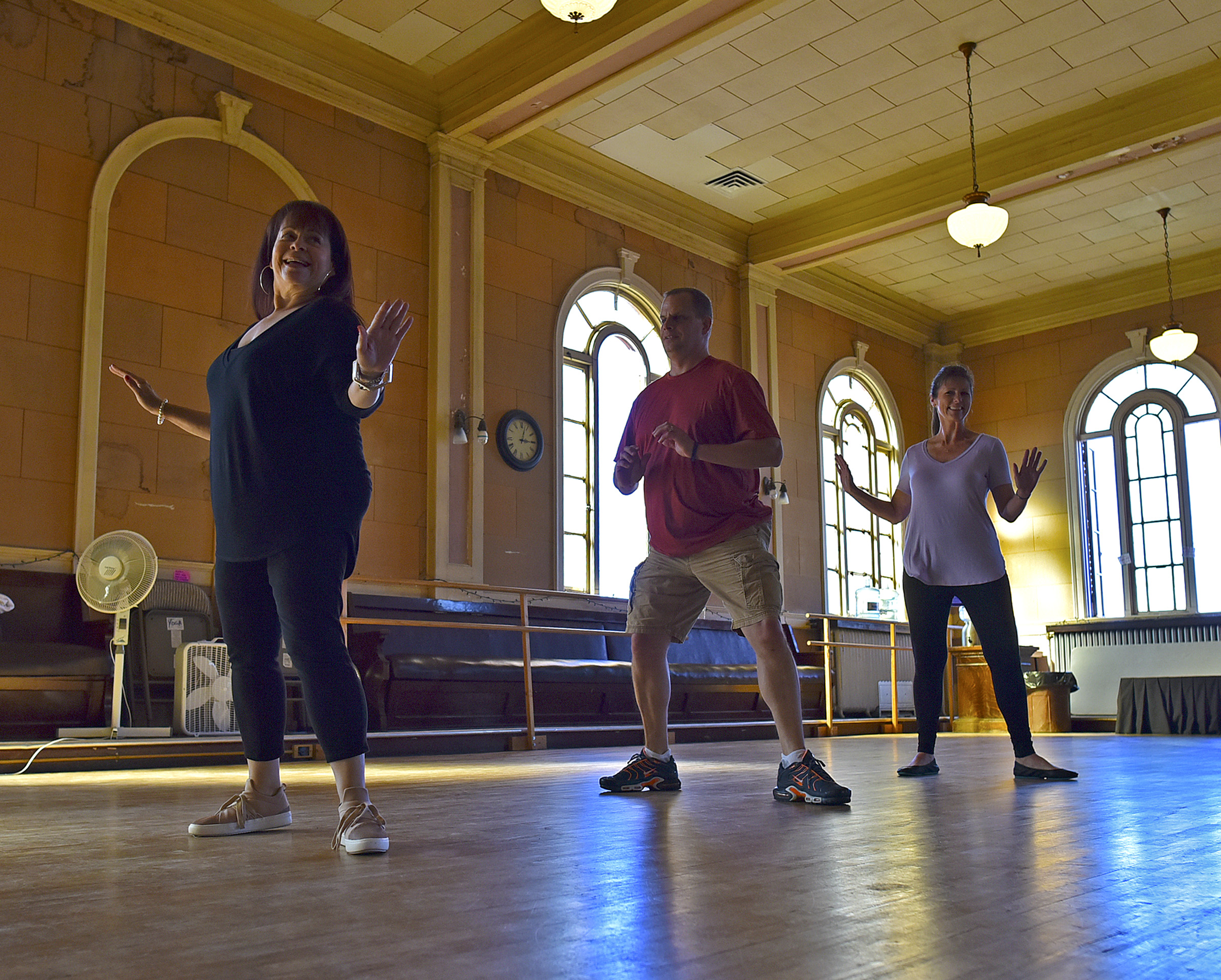 1011 CW dancing5.jpg