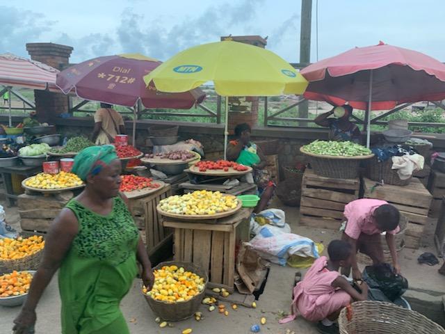 Fruit_market.jpeg