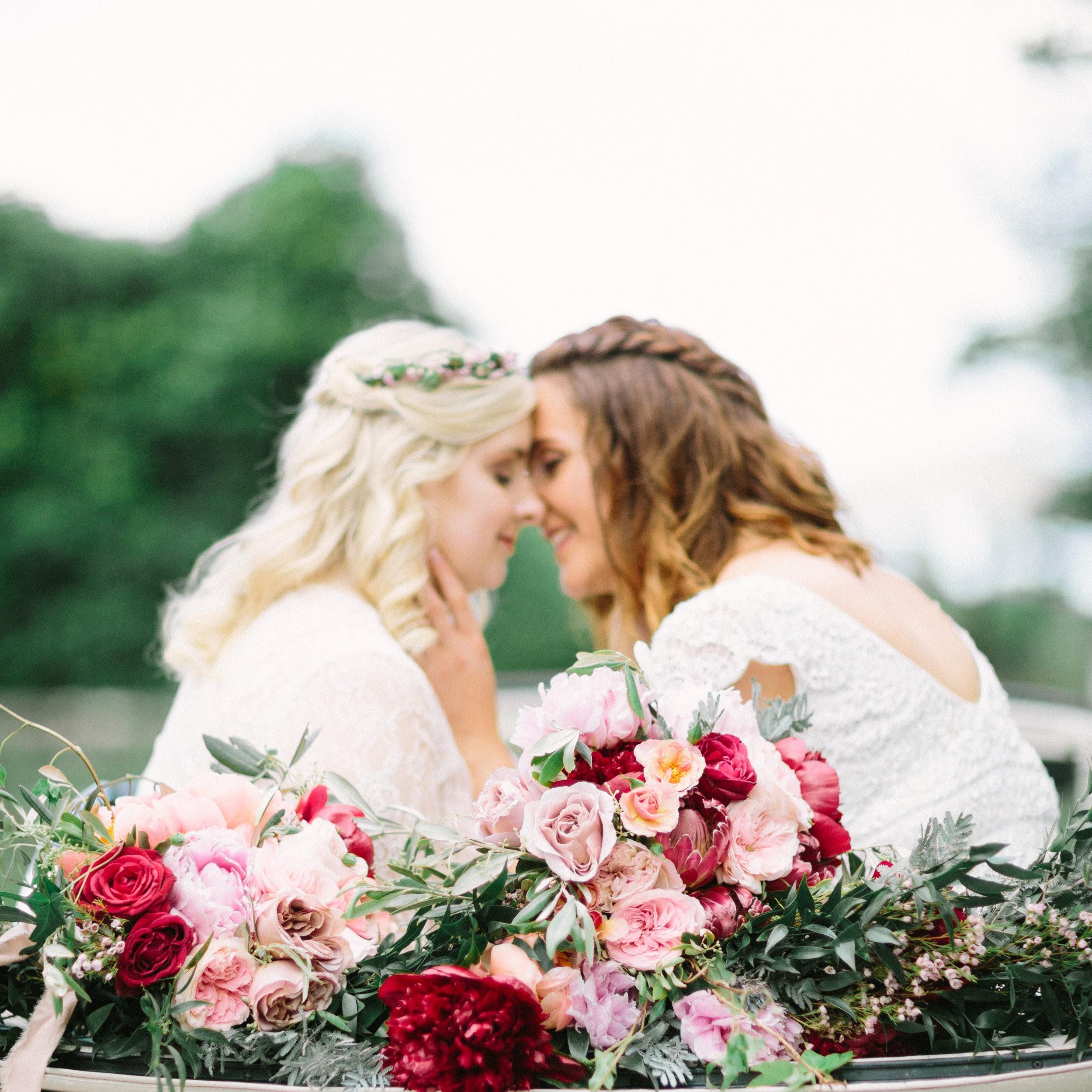 ROMANTIC COUNTRY WEDDING -