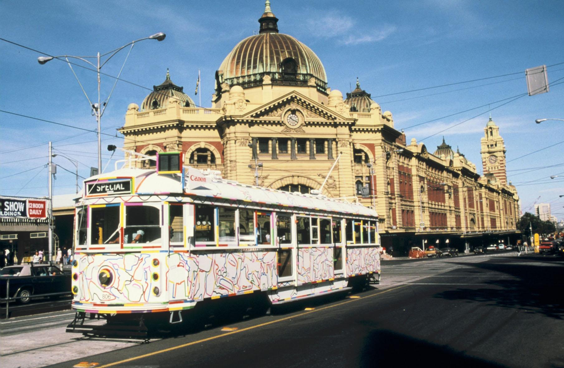 GOWER tram Flinders Street 1988.jpg