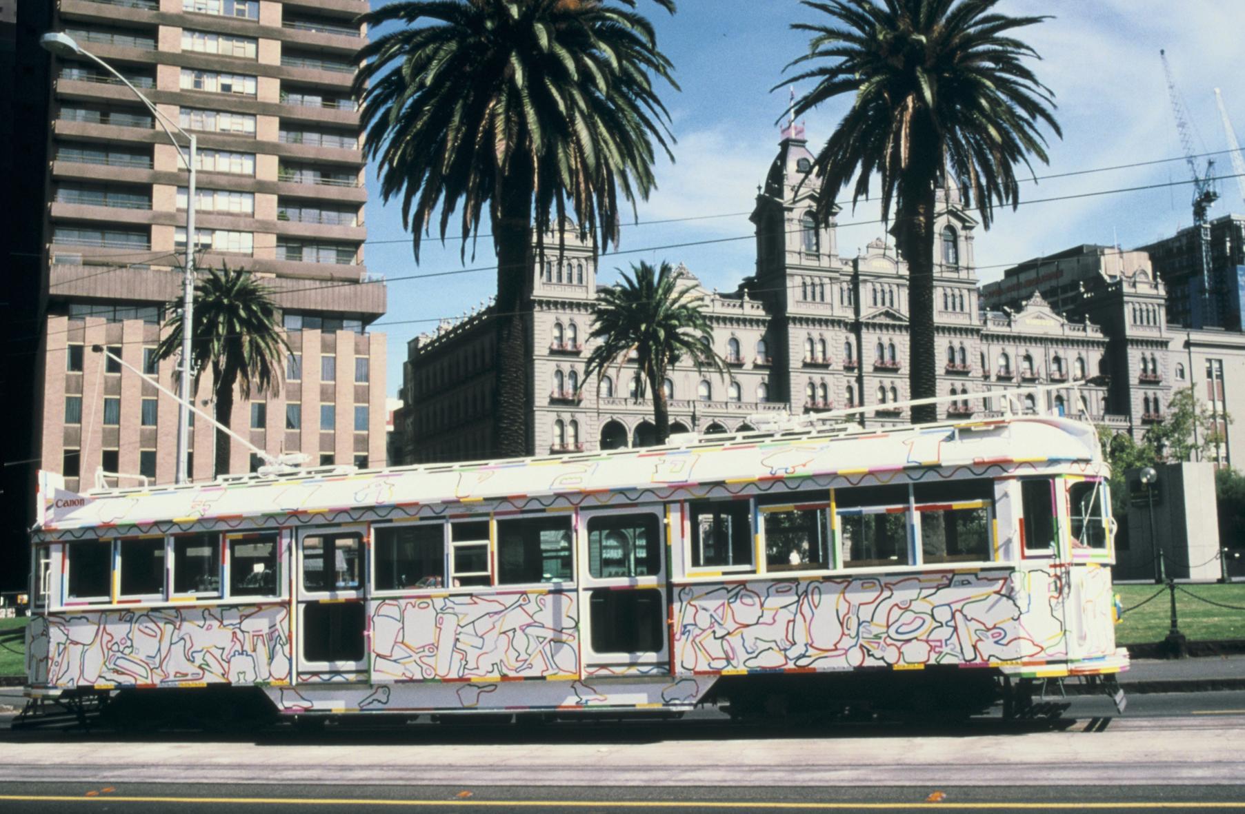 GOWER tram passing the Windsor Hotel  1988.jpg