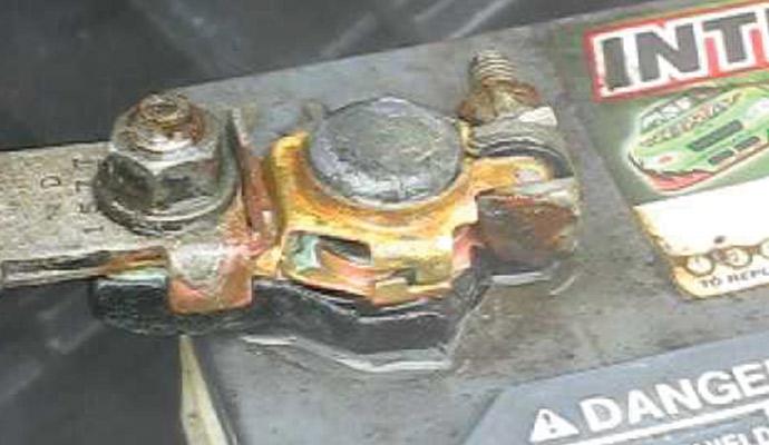 clean-battery-corrosion-3.jpg